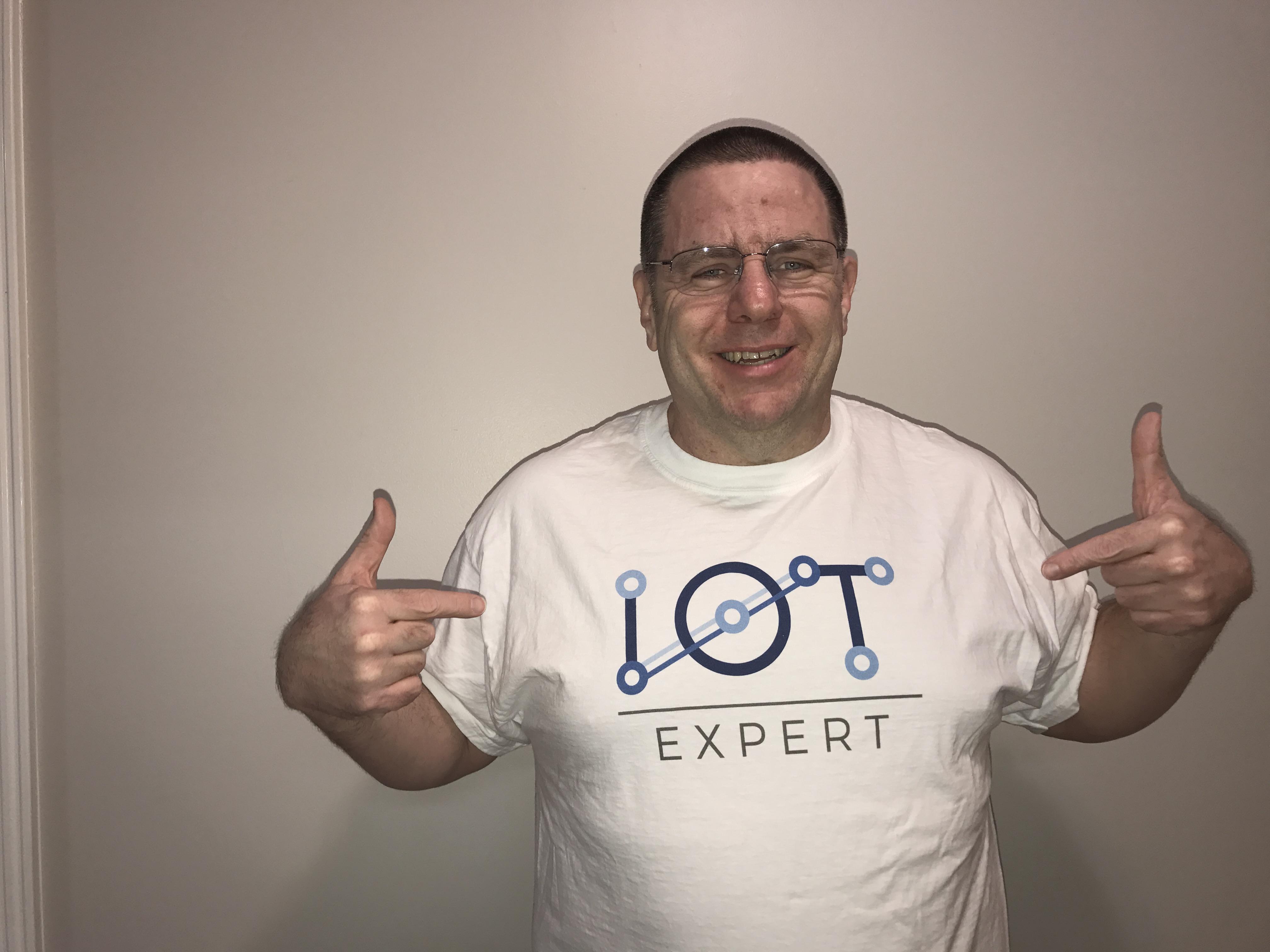 IoT Expert T-Shirt